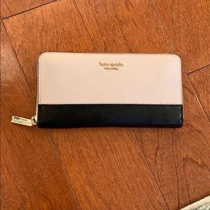 NWTS Kate Spade wallet black & cream